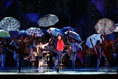 Ének az esőben (2)