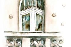 A Gróf-palota erkélye mázas kerámiadíszekkel