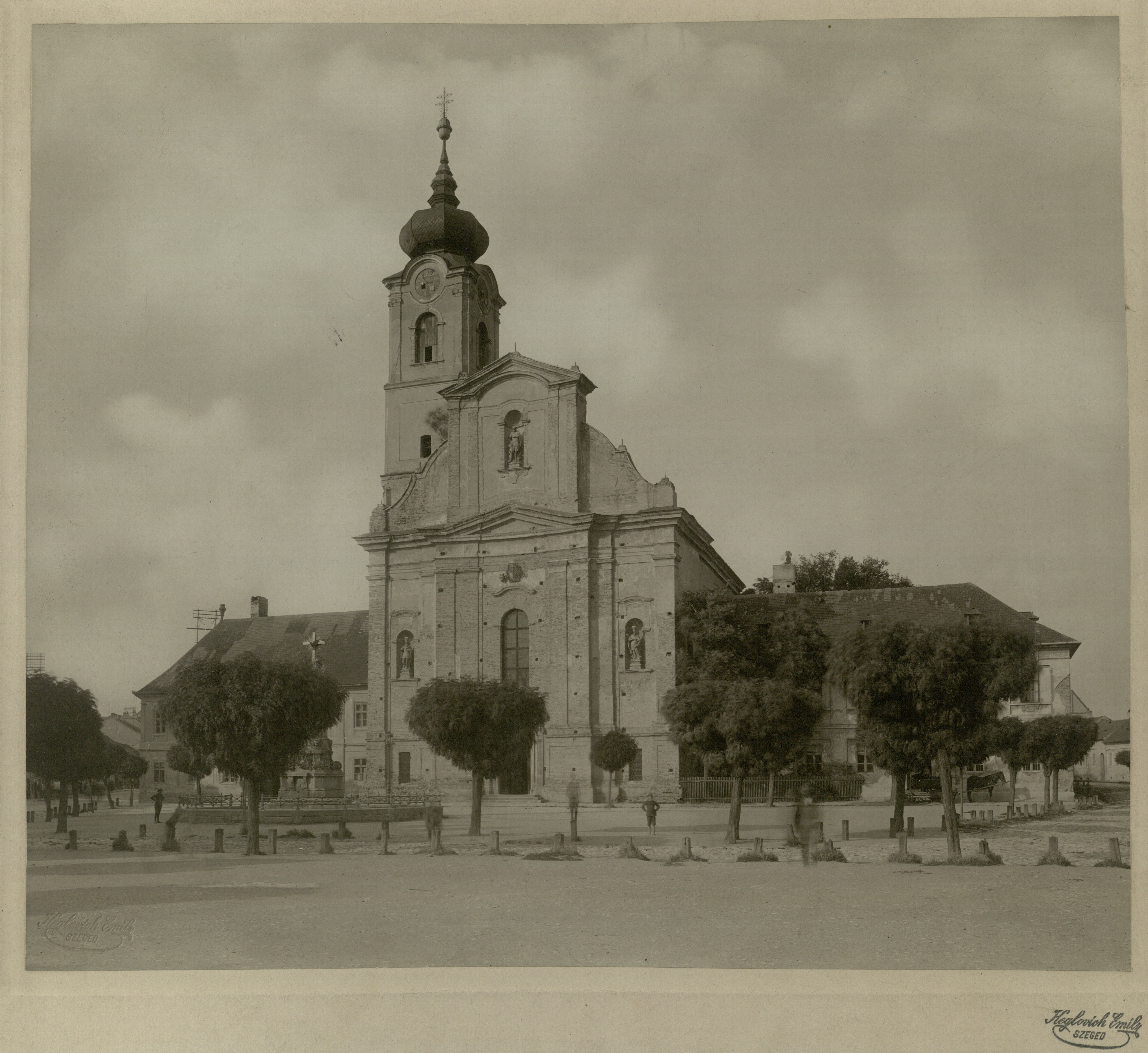 Kiss Norbert: A Csanádi egyházmegye szegedi központjának kiépítési kísérelte a 18. században